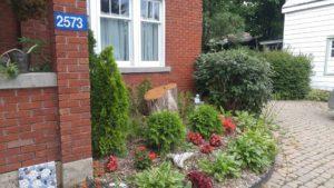 Whimsical front garden